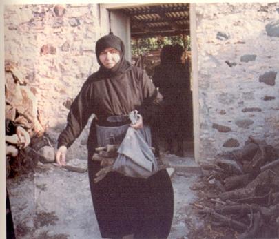 Η Μακαριστή Γερόντισσα Χαριθέα (Ι.Μ.Αγίου Ηρακλείδου) – «Δαιμονικοί  πειρασμοί. Σου λέω δεν με ακούει, αυτή έχει πνεύμα Άγιο» | Σημεία Καιρών