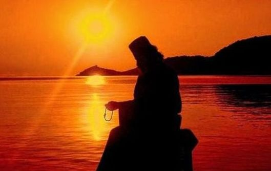 Αποτέλεσμα εικόνας για Πάτερ, προσεύχεσθε….χανόμαστε!