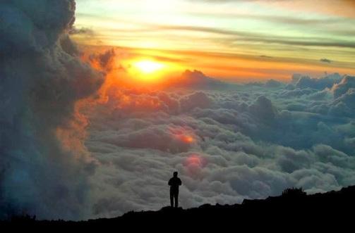 Αποτέλεσμα εικόνας για Πέτα το «εγώ» σου και θα το βρείς στην αγκαλιά του Θεού