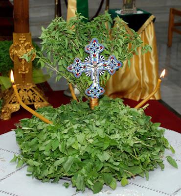 Αποτέλεσμα εικόνας για τιμιος σταυρος και βασιλικος