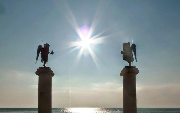 Αποτέλεσμα εικόνας για θαυμα αρχαγγελων μονη δοχειαριου