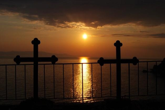 Αποτέλεσμα εικόνας για ηλιοβασιλεμα στο αγιο ορος
