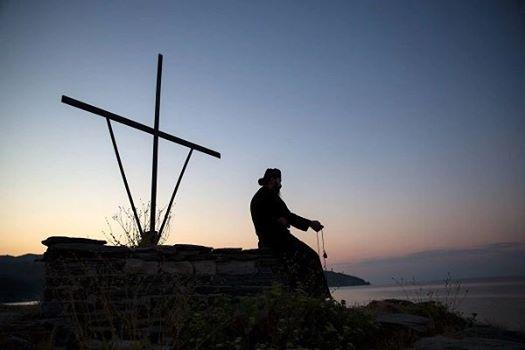 ΑΦΥΠΝΙΣΗ ΕΛΛΗΝΩΝ : Περί σιωπής... Μοναχός Μωυσής Αγιορείτης