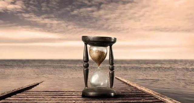 Χρόνος για τον Θεό σημαίνει το διάστημα της αναμονής ανάμεσα στο «χτύπημα  πάνω στην πόρτα» και στη στιγμή που θα Του την ανοίξουμε διάπλατα. - ΑΠΑΝΤΑ  ΟΡΘΟΔΟΞΙΑΣ